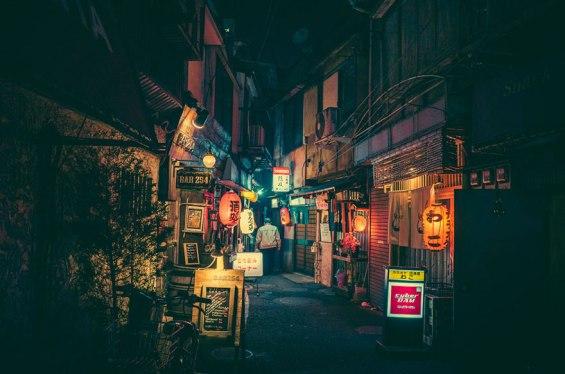 tokyo-streets-night-photography-masashi-wakui-3_zpsm6owwkmp