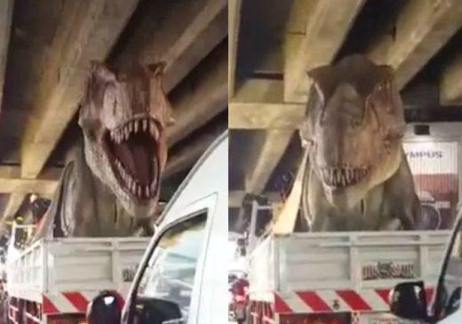 t-rex_in_bangkok